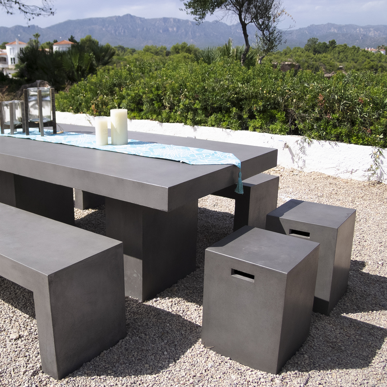 mobiliario de cemento
